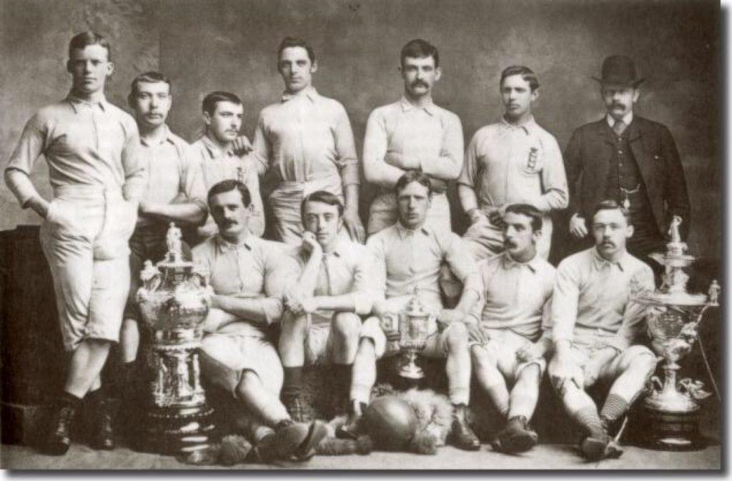 старая футбольная форма
