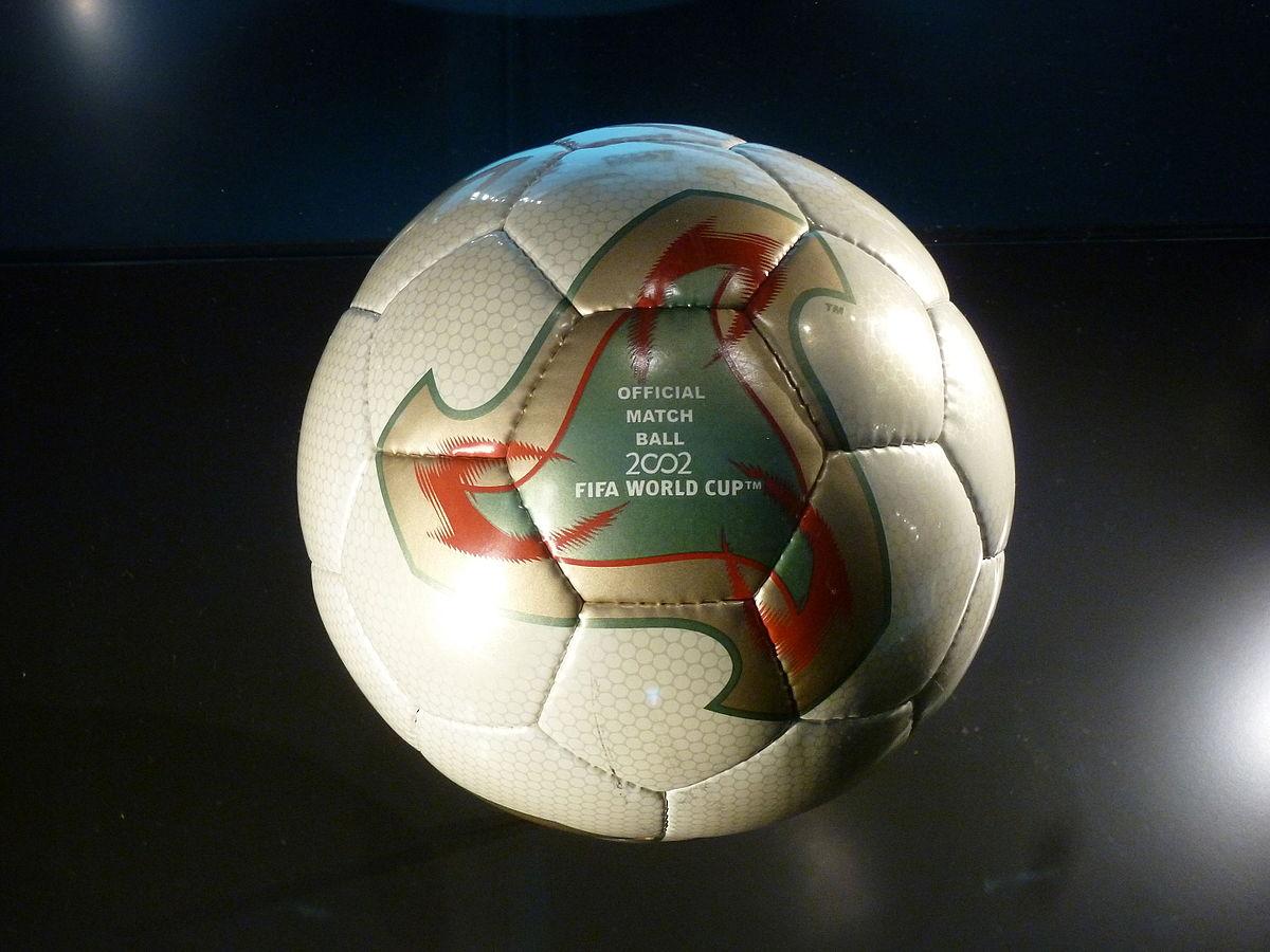 2002. Fevernova