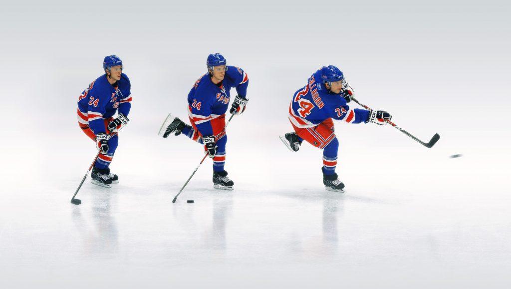 Отработка навыков хоккеиста.