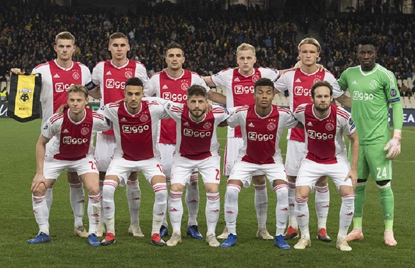 Команда Аякс Голландия.