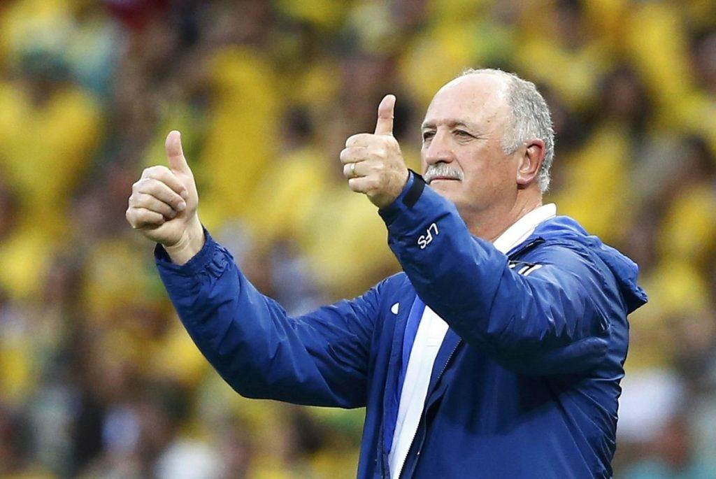 Футбольный тренер.