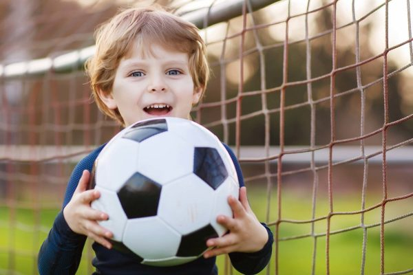 Как поступить в футбольную школу в РФ