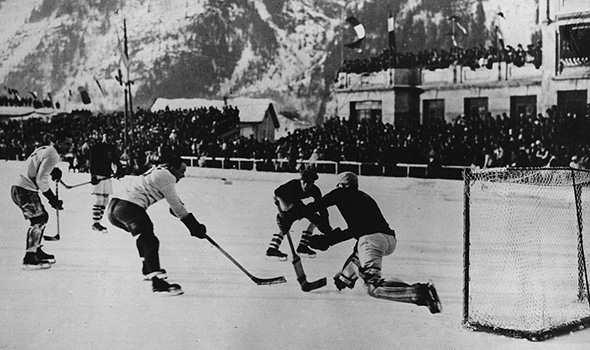 черно белое фото хоккей