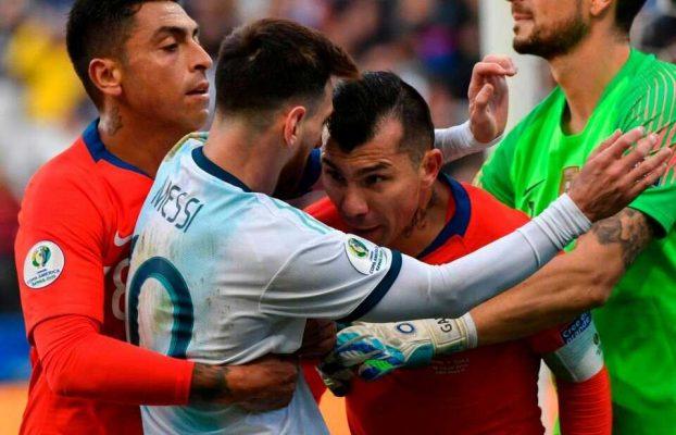 Аргентина против Чили: как Лионель Месси получил вторую красную карточку
