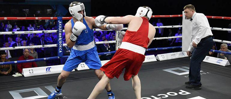 Соревнования по боксу.