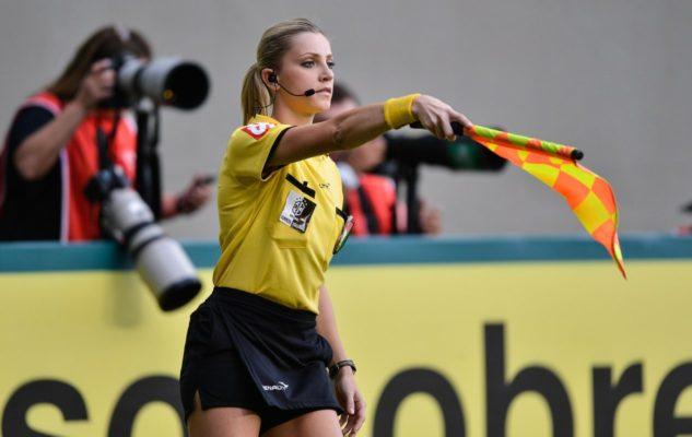 10 самых сексуальных женщин-судей в футболе