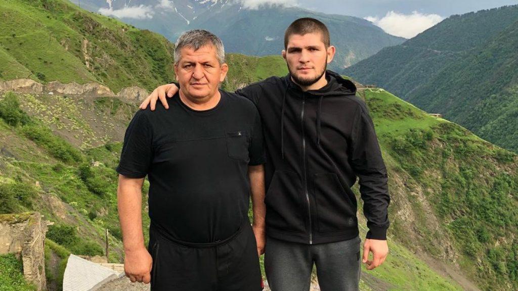 Хабиб Нурмагомедов со своим отцом – Абдулманапом Магомедовичем