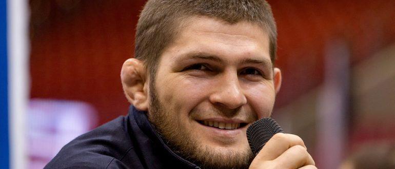 Хабиб Нурмагомедов – чемпион UFC в легком весе