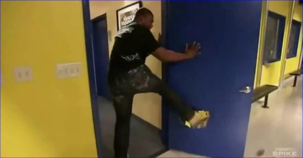 Кадр из знаменитого видео