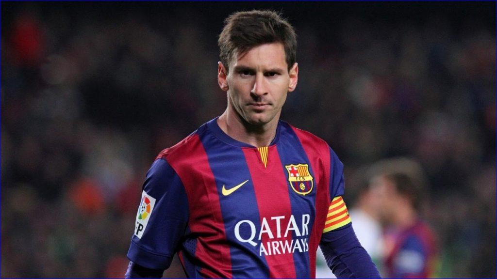 Лео в цветах «Барселоны» после забитого гола в игре против «Вильярреала» 24.09.2019 года