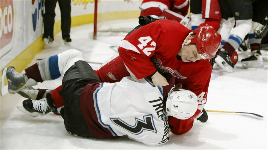 Эта драка – самая жестокая за всю историю NHL