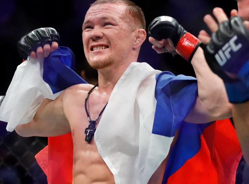 На чем ездит сибиряк Петр Ян? Автомобили чемпиона UFC в легчайшем весе