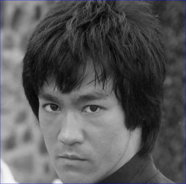 Силовые показатели Брюса Ли. Так ли был силен легендарный боец?