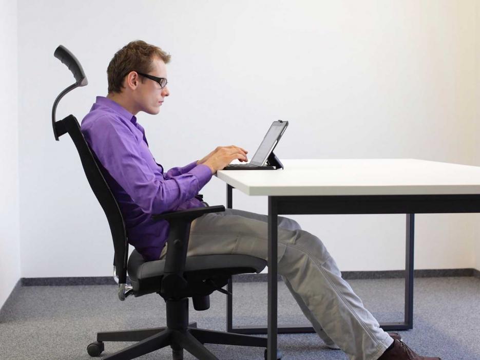 5 упражнений для тех, кто работает за компьютером - чтобы нигде не болело